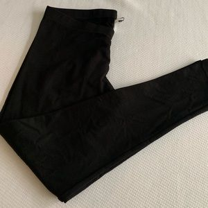 H&M black leggings (XL)